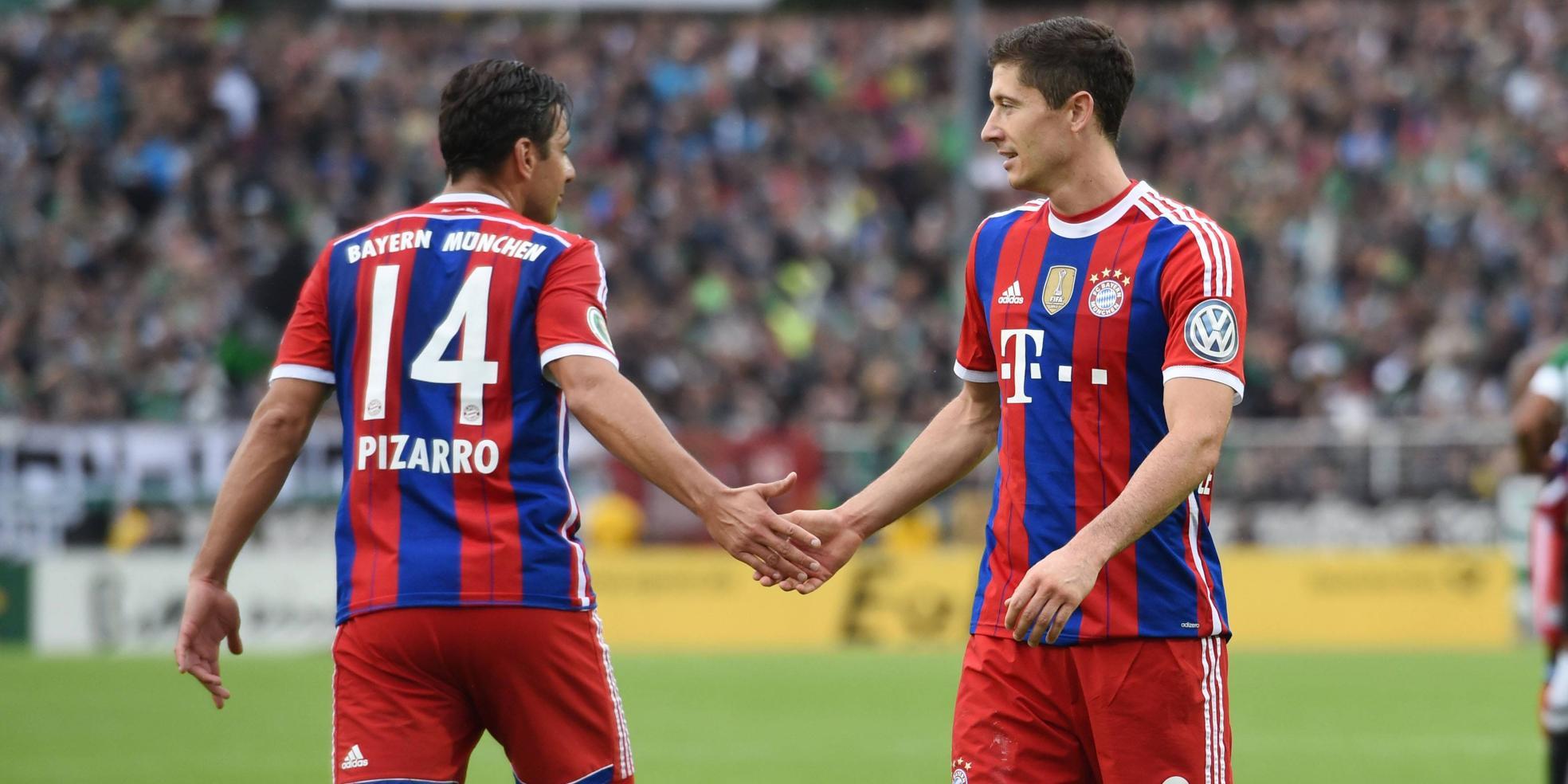 Robert Lewandowski und Claudio Pizarro