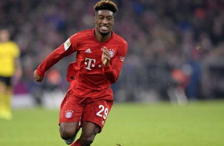 09.11.2019, Fussball 1. Bundesliga 2019/2020, 11.Spieltag, FC Bayern München - Borussia Dortmund, in der Allianz-Arena München. Kingsley Coman Bayern München am Ball. ***DFL and DFB regulations prohibit any use of photographs as image sequences and/or quasi-video.*** *** 09 11 2019, Football 1 Bundesliga 2019 2020, 11 Matchday, FC Bayern München Borussia Dortmund, at the Allianz Arena München Kingsley Coman Bayern München am Ball DFL and DFB regulations prohibit any use of photographs as image sequences and or quasi video