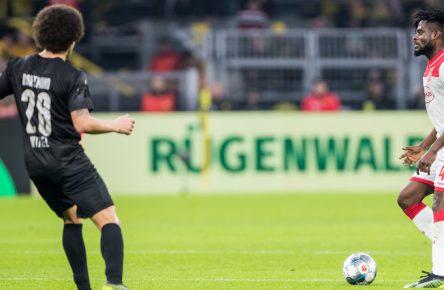 Kasim Adams am Ball gegen Axel Witsel
