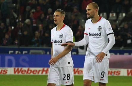 Dominik Kohr und Bas Dost von Eintracht Frankfurt