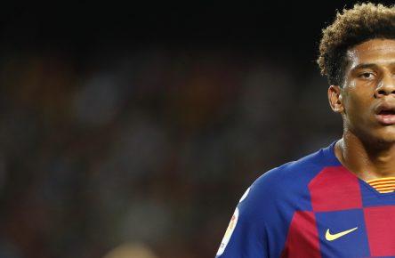 Jean-Clair Todibo im Einsatz für den FC Barcelona