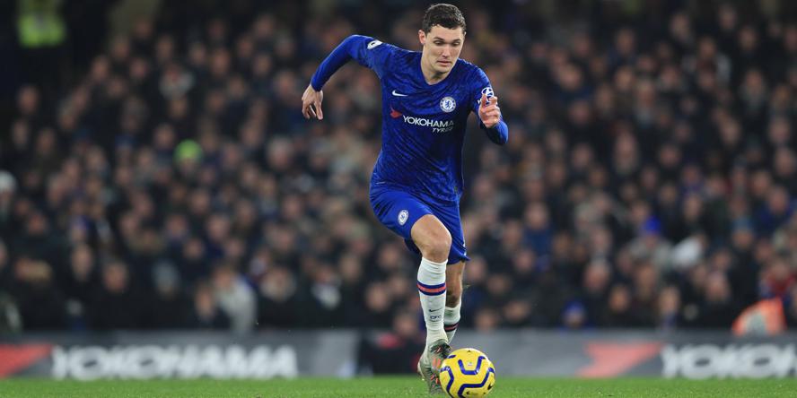 Andreas Christensen am Ball für den FC Chelsea