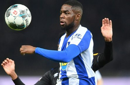Jordan Torunarigha Hertha BSC, am Ball Hertha BSC Berlin - FC Schalke 04 1. Bundesliga 2019/2020, 1. BL, 1. Bundesliga, DFL, Fußball, Fussball, soccer, Herren, Männer, Maenner, Deutschland, Germany Berlin, 31.1.2020, Olympiastadion DFL REGULATIONS PROHIBIT ANY USE OF PHOTOGRAPHS AS IMAGE SEQUENCES AND/OR QUASI-VIDEO *** Jordan Torunarigha Hertha BSC , am Ball Hertha BSC Berlin FC Schalke 04 1 Bundesliga 2019 2020, 1 BL, 1 Bundesliga, DFL, Fußball, Fussball, soccer, men, men, men, Germany, Germany Berlin, 31 1 2020, Olympiastadion DFL REGULATIONS PROHIBIT ANY USE OF PHOTOGRAPHS AS IMAGE SEQUENCES AND OR QUASI VIDEO