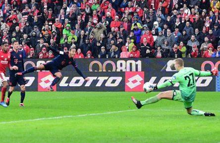Thiago Alcantara (l.) spielte einen überragenden Januar