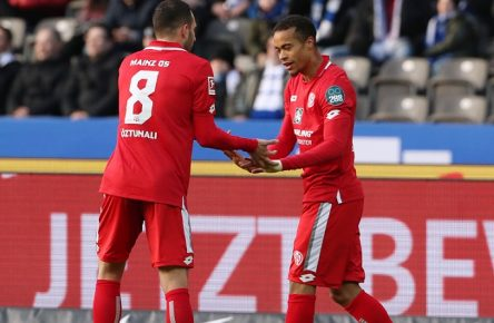 Levin Öztunali, Robin Quaison 1:0 / Freude / Emotion / jubelnd / Jubel nach 1:0 / / Fußball Fussball / DFL Bundesliga Herren / Saison 2019/2020 / 08.02.2020 / Hertha BSC Berlin vs. 1.FSV Mainz 05 / DFL regulations prohibit any use of photographs as image sequences and/or quasi-video. / *** Levin Öztunali, Robin Quaison 1 0 joy emotion jubilant jubilation after 1 0 sport football football DFL Bundesliga men season 2019 2020 08 02 2020 Hertha BSC Berlin vs. 1 FSV Mainz 05 DFL regulations prohibit any use of photographs as image sequences and or quasi video