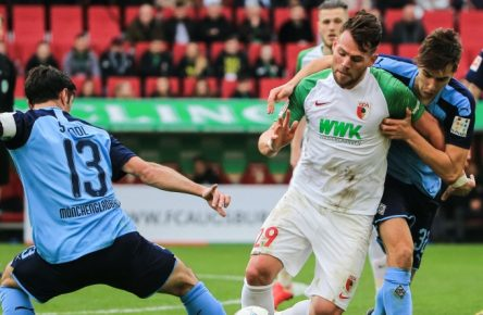 Eduard Löwen (r.) ist von Hertha BSWC an den FC Augsburg ausgeliehen.