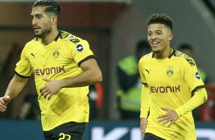 18.12.2019, Fussball, Saison 2019/2020, Bundesliga, 21. Spieltag - Bayer 04 Leverkusen - Borussia Dortmund v. l. Emre Can Borussia Dortmund, Jadon Sancho Borussia Dortmund freuen sich über das Tor. DFL REGULATIONS PROHIBIT ANY USE OF PHOTOGRAPHS AS IMAGE SEQUENCES AND/OR QUASI-VIDEO. Leverkusen BayArena NRW Deutschland xRHR-FOTO/DEx *** 18 12 2019, Football, Season 2019 2020, Bundesliga, 21 Matchday Bayer 04 Leverkusen Borussia Dortmund v l Emre Can Borussia Dortmund , Jadon Sancho Borussia Dortmund are happy about the goal DFL REGULATIONS PROHIBIT ANY USE OF PHOTOGRAPHS AS IMAGE SEQUENCES AND OR QUASI VIDEO Leverkusen BayArena NRW Germany xRHR FOTO DEx