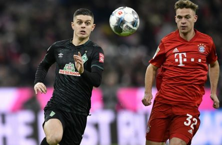 Zweikampf, Aktion Joshua Kimmich FC Bayern München gegen Milot Rashica SV Werder Bremen SVW FC Bayern München FCB vs SV Werder Bremen 14.12.2019 DFL REGULATIONS PROHIBIT ANY USE OF PHOTOGRAPHS AS IMAGE SEQUENCES AND/OR QUASI-VIDEO FC Bayern München FCB vs SV Werder Bremen *** Duel, action Joshua Kimmich FC Bayern München vs Milot Rashica SV Werder Bremen SVW FC Bayern München FCB vs SV Werder Bremen 14 12 2019 DFL REGULATIONS PROHIBIT ANY USE OF PHOTOGRAPHS AS IMAGE SEQUENCES AND OR QUASI VIDEO FC Bayern München FCB vs SV Werder Bremen