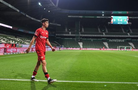 SV Werder Bremen - Bayer 04 Leverkusen, 18.05.2020 Szene Geisterspiel vor leeren Raengen: Kai Havertz Leverkusen. Fussball: 1. Bundesliga: Saison 19/20: 26. Spieltag: SV Werder Bremen - Bayer 04 Leverkusen, 18.05.2020 Foto: Marvin Ibo Güngör/GES/POOL Bremen HB Deutschland *** SV Werder Bremen Bayer 04 Leverkusen, 18 05 2020 Scene Ghost Game in front of empty ranks Kai Havertz Leverkusen Sport Football 1 Bundesliga Season 19 20 26 Matchday SV Werder Bremen Bayer 04 Leverkusen, 18 05 2020 Photo Marvin Ibo Güngör GES POOL Bremen HB Germany Poolfoto Marvin Ibo Güngör/GES/POOL ,EDITORIAL USE ONLY