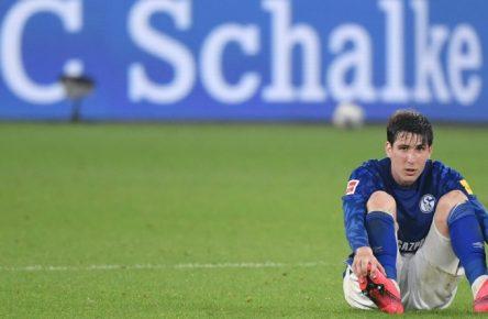 Der FC Schalke verpasste gegen Leverkusen den ersten Sieg nach 13 sieglosen Partien.
