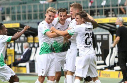 Matthias Ginter (M.) bleibt wohl langfristig bei Borussia Mönchengladbach.