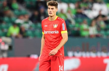 Patrick Schick Bayer Leverkusen,14 - 1 Fussball Bundesliga Saison 2020-2021 Punktspiel VfL Wolfsburg vs. Bayer Leverkusen in der Volkswagen Arena in Wolfsburg - Einzelbild,Aktion,Fussball,Deutschland,Mann,Männer,20.09.2020 *** Patrick Schick Bayer Leverkusen,14 1 Soccer Bundesliga season 2020 2021 Point game VfL Wolfsburg vs. Bayer Leverkusen in the Volkswagen Arena in Wolfsburg Single picture,action,soccer,Germany,Man,Men,20 09 2020