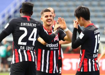 Danny da Costa, Andre Silva und Daichi Kamada von Eintracht Frankfurt