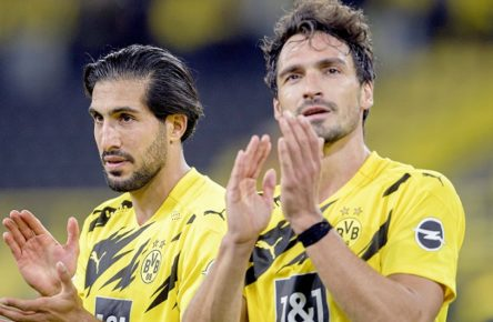 v.l. Emre CAN DO, Mats HUMMELS DO klatschen Fussball 1. Bundesliga, 1.Spieltag, Borussia Dortmund DO - Borussia Moenchengladbach MG 3:0, am 19.09.2020 in Dortmund/ Deutschland.  *** v l Emre CAN DO , Mats HUMMELS DO clap football 1 Bundesliga, 1 matchday, Borussia Dortmund DO Borussia Moenchengladbach MG 3 0, on 19 09 2020 in Dortmund Germany