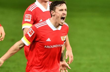 Max Kruse Union, jubelt nach seinem Tor zum 3:3 1. FC Union Berlin - Eintracht Frankfurt 1.Bundesliga 2020/2021, Saison 2020/2021, Fußball, Fussball, DFL, soccer, Herren, Deutschland, Germany, Berlin, 28.11.2020 Stadion Alte Foersterei, Stadion Alte Försterei *** Max Kruse Union , cheers after his goal for 3 3 1 FC Union Berlin Eintracht Frankfurt 1 Bundesliga 2020 2021, season 2020 2021, football, soccer, mens soccer, Germany, Germany, Berlin, 28 11 2020 Stadion Alte Foersterei, Stadion Alte Försterei