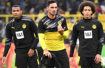 v.li., Manuel Akanji Borussia Dortmund, Mats Hummels Borussia Dortmund, Axel Witsel Borussia Dortmund 03.10.2020, Fussball GER, Saison 2020 2021, 1. Bundesliga, 3. Spieltag, Borussia Dortmund - SC Freiburg 4:0, DFL regulations prohibit any use of photographs as image sequences and/or quasi-video.*** Foto: TEAM2sportphoto Dortmund Nordrhein Westfalen Deutschland *** from left to right , Manuel Akanji Borussia Dortmund , Mats Hummels Borussia Dortmund , Axel Witsel Borussia Dortmund 03 10 2020, Fussball GER, Saison 2020 2021, 1 Bundesliga, 3 Matchday, Borussia Dortmund SC Freiburg 4 0, DFL regulations prohibit any use of photographs as image sequences and or quasi video Foto TEAM2sportphoto Dortmund Nordrhein Westfalen Germany Team2