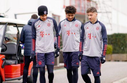 Jamal Musiala, Chris Richards und Angelo Stiller - die Zukunft des FC Bayern?