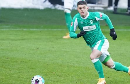 GER, SV Werder Bremen vs FC Schalke 04 / 30.01.2021, wohninvest Weserstadion,Bremen, GER, GER, SV Werder Bremen vs FC Schalke 04 im Bild / picture shows Einzelaktion/Aktion. Ganze Figur. Einzeln. Freisteller. Milot Rashica Werder Bremen 07 DFB REGULATIONS PROHIBIT ANY USE OF PHOTOGRAPHS AS IMAGE SEQUENCES AND/OR QUASI-VIDEO. *** GER, SV Werder Bremen vs FC Schalke 04 30 01 2021, wohninvest Weserstadion,Bremen, GER, SV Werder Bremen vs FC Schalke 04 in the picture picture shows single action action whole figure single cropped Milot Rashica Werder Bremen 07 DFB REGULATIONS PROHIBIT ANY USE OF PHOTOGRAPHS AS IMAGE SEQUENCES AND OR QUASI VIDEO nordphotoxGmbHx/xgumzmedia nphgm001