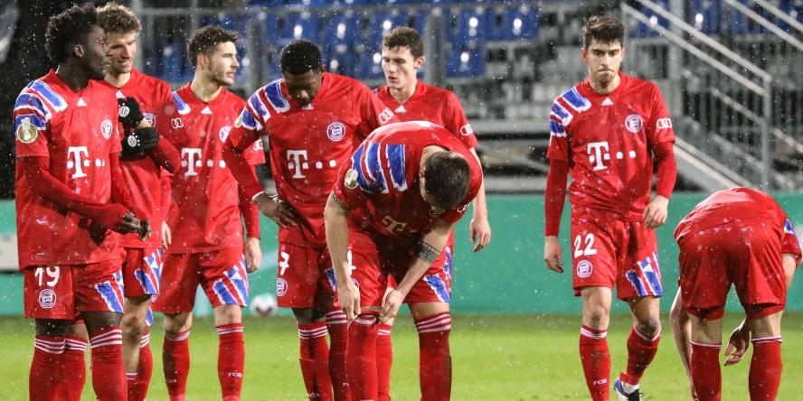 Der FC Bayern scheiterte sensationell in der 2. Runde im DFB-Pokal an Holstein Kiel.