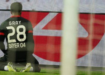 Demarai Gray von Bayer 04 Leverkusen