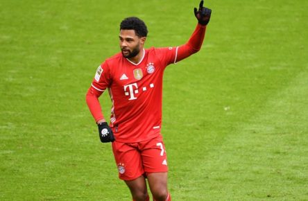 Fussball 1. Bundesliga/ FC Bayern Muenchen-VFB Stuttgart 4-0 Torjubel Serge GNABRY FC Bayern Muenchen nach Tor zum 2-0, Fussball 1. Bundesliga Saison 2020/2021,26.Spieltag,Spieltag26, FC Bayern Muenchen-VFB Stuttgart 4-0, am 20.03.2021 ALLIANZ ARENA. Foto:Frank Hoermann / SVEN SIMON / POOL DFL REGULATIONS PROHIBIT ANY USE OF PHOTOGRAPHS AS IMAGE SEQUENCES AND/OR QUASI-VIDEO.EDITORIAL USE ONLY. NO SECONDARY RE-SALE WITHIN 48h AFTER KICK-OFF. Nur fuer journalistische Zwecke National and International News Agencies OUT NO RESALE Muenchen Bayern Deutschland *** Football 1 Bundesliga FC Bayern Muenchen VFB Stuttgart 4 0 Goal celebration Serge GNABRY FC Bayern Muenchen after goal to make it 2 0, Football 1 Bundesliga Season 2020 2021,26 Matchday,Matchday26, FC Bayern Muenchen VFB Stuttgart 4 0, am 20 03 2021 ALLIANZ ARENA Foto Frank Hoermann SVEN SIMON POOL DFL REGULATIONS PROHIBIT ANY USE OF PHOTOGRAPHS AS IMAGE SEQUENCES AND OR QUASI VIDEO EDITORIAL USE ONLY NO SECONDARY RE SALE WITHIN 48h AFTER KICK OFF For Journalistic Purposes Only National and International News Agencies OUT NO RESALE Muenchen Bayern Deutschland Poolfoto SvenSimon / POOL ,EDITORIAL USE ONLY
