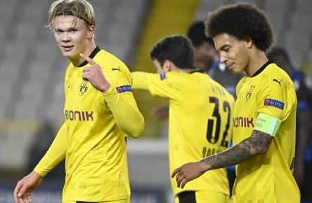 BRUGES, BELGIUM - NOVEMBER 4 : Erling Haaland forward of Borussia Dortmund celebrates after scoring with teammates Axel Witsel midfielder of Borussia Dortmund durinng the Champions League Group F match between Club Brugge KV and Borussia Dortmund on November 04, 2020 in Bruges, Belgium, 4/11/2020 FOOTBALL : Club Bruges vs Borussia Dortmund - Ligue des Champions - Rome - 04/11/2020 PhotoNews/Panoramic PUBLICATIONxINxGERxSUIxAUTxHUNxONLY