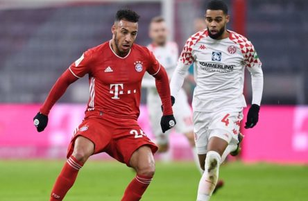 Fussball 1. Bundesliga Saison 20/21: FC Bayern Muenchen - 1.FSV Mainz 05 Fussball 1. Bundesliga Saison 2020/2021 14. Spieltag FC Bayern Muenchen - 1.FSV Mainz 05 03.01.2021 Corentin Tolisso li, FC Bayern Muenchen am Ball gegenJeremiah St. Juste re, 1. FSV Mainz 05 FOTO: Markus Ulmer/Pressefoto Ulmer/Pool xxNOxMODELxRELEASExx DFL regulations prohibit any use of photographs as image sequences and/or quasi-video. Muenchen Deutschland *** Football 1 Bundesliga Season 20 21 FC Bayern Muenchen 1 FSV Mainz 05 Football 1 Bundesliga Season 2020 2021 14 Matchday FC Bayern Muenchen 1 FSV Mainz 05 03 01 2021 Corentin Tolisso left, FC Bayern Muenchen on the ball againstJeremiah St Juste right, 1 FSV Mainz 05 PHOTO Markus Ulmer Pressefoto Ulmer Pool xxNOxMODELxRELEASExx DFL regulations prohibit any use of photographs as image sequences and or quasi video Muenchen Germany Poolfoto Ulmer/Pool ,EDITORIAL USE ONLY