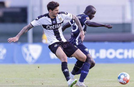 Raman Chibsah trifft für Bochum gegen Parma