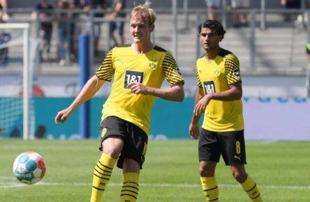 Julian Brandt und Mahmoud Dahoud vom BVB